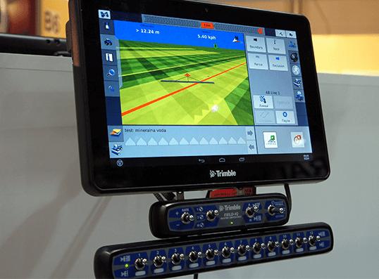 Sistem pentru controlul aplicării Field-IQ ISOBUS
