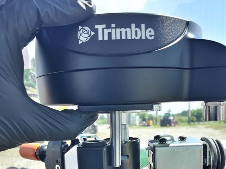 Service autorizat Trimble